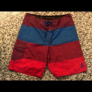 "Vans 9"" inseam board shorts"
